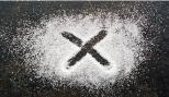 خطوة بخطوة.. ماذا يحصل لأجسامنا عند الامتناع عن تناول السكر؟