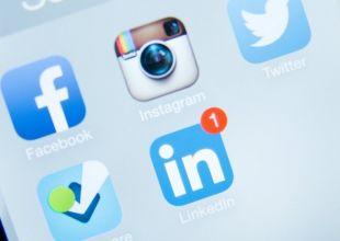 كم من الساعات تهدرها شعوب العالم على مواقع التواصل؟