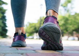 دراسة: الإسراع في المشي يطيل عمر الإنسان
