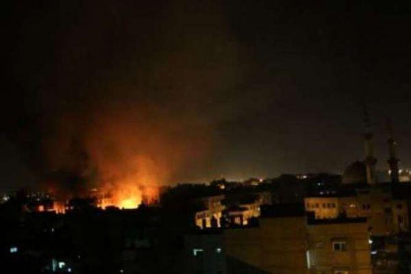 قصف صهيوني  لمواقع المقاومة الفلسطينية
