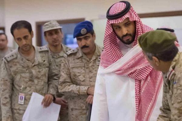 بن سلمان يتهم إيران بمهاجمة الناقلات ويتحدث عن الحرب
