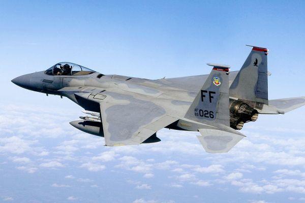 البنتاغون يعلن بيع قطر 36 مقاتلة من طراز F-15