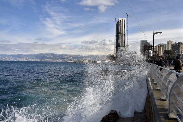 لبنان يتأثر ظهر الاحد المقبل بمنخفض جوي مصحوب بكتل هوائية باردة ورطبة
