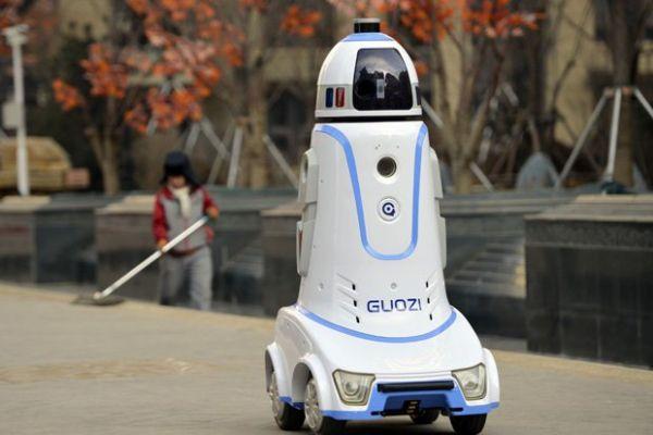 حسب توقعات المختصّين: الروبوتات تستحوذ على ملايين الوظائف خلال 15 عاماً !