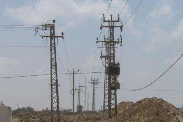 بناء على طلب السّلطة.. الاحتلال يقلّص الكهرباء الواصلة إلى قطاع غزة