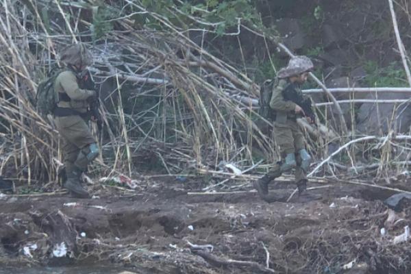 عشرون جندياً إسرائيلياً يجتازون السياج التقني للغجر!