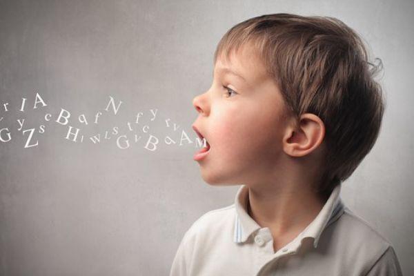 ما هي الأمراض التي تؤدي الى مشاكل في النطق ؟