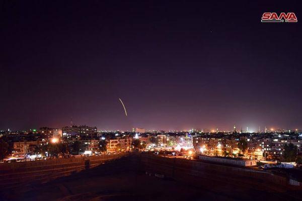عدوان صهيوني على سوريا.. والدفاعات الجوية تسقط عدداً من الصواريخ