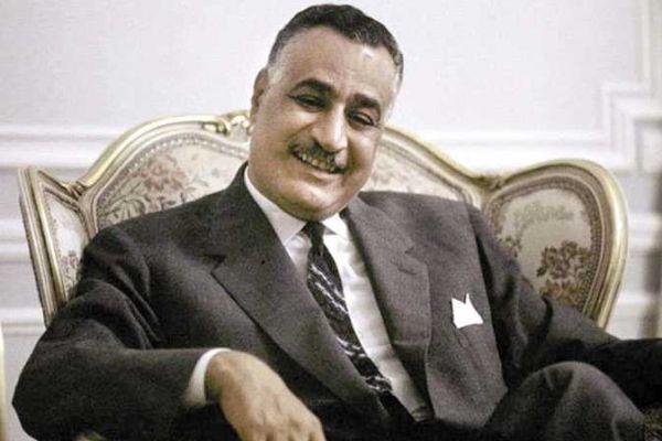 قناة أم بي سي السعودية تحرق صورة لعبد الناصر وتشعل الشارع المصري!