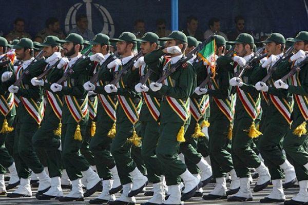 الحرس الثوري يفكك خلية إرهابية عبر كمين مسلح غرب إيران