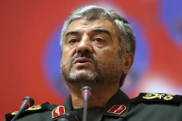خطوة وتصريحات قوية من قبل قائد الحرس الثوري الإيراني قد تثير غضب الإمارات
