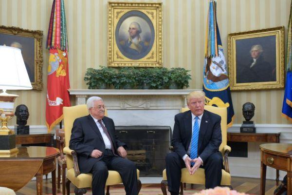 """""""عباس"""" في البيت الأبيض يدعو """"للسلام"""".. مستنجدًا """"اسرائيل"""" الاعتراف به! - عباس الزين"""