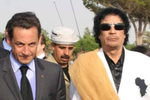 """ساركوزي: التحقيق بشأن مزاعم تلقي أموال من القذافي جعل حياتي """"جحيما"""""""