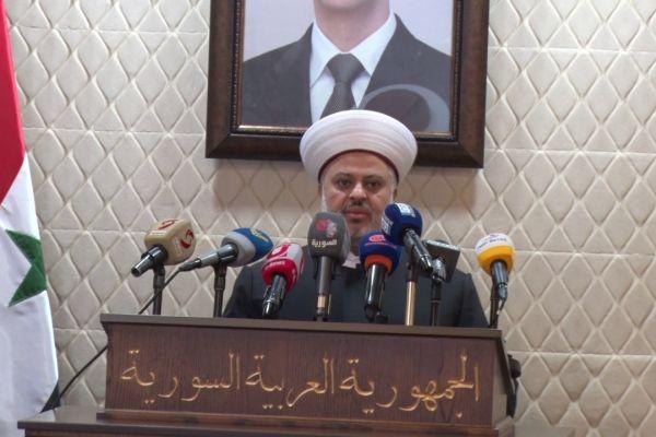 منسق عام جبهه العمل الإسلامي في لبنان الشيخ زهير الجعيد في السفارة السورية في لبنان تضامناً وتأكيداً على عربية وسورية الجولان .
