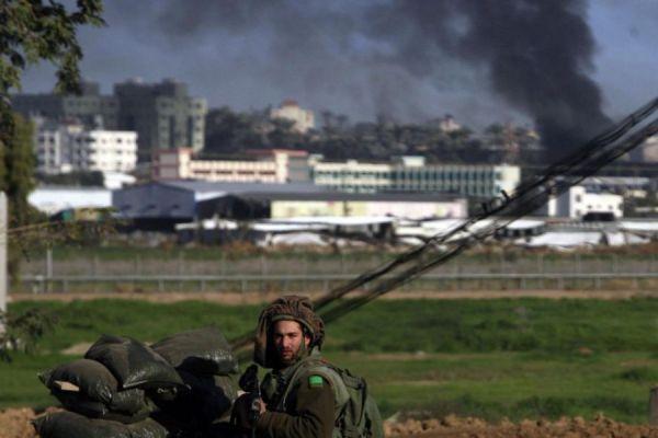 ترجمة عبرية : حماس تسمح بإطلاق النار وإسرائيل تنقل رسائل تهدئة