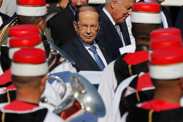 عون في تونس: القمّة في وادٍ ولبنان في وادٍ