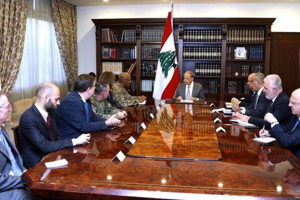 عون لنائب قائد القيادة المركزية الاميركية: لبنان ماض في مكافحة الارهاب وملاحقة الخلايا النائمة