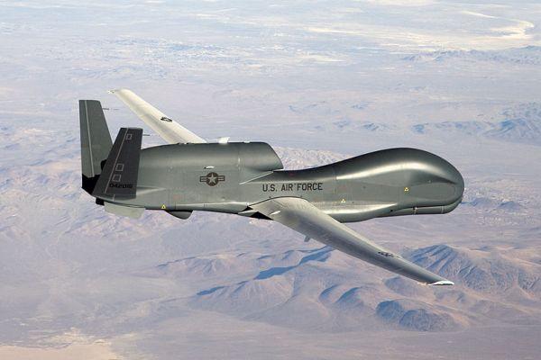 #إعلام_العدو: طائرة مجهولة تلتقط صورة لقاعدة جوية سرية لجيش الاحتلال