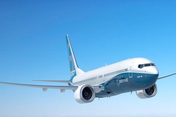 """شاهد أول استخدام لـ """"بوينغ 737"""" في إطفاء حرائق الغابات"""