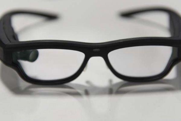 نظارات ذكية من مايكروسوفت لقياس الضغط طوال اليوم