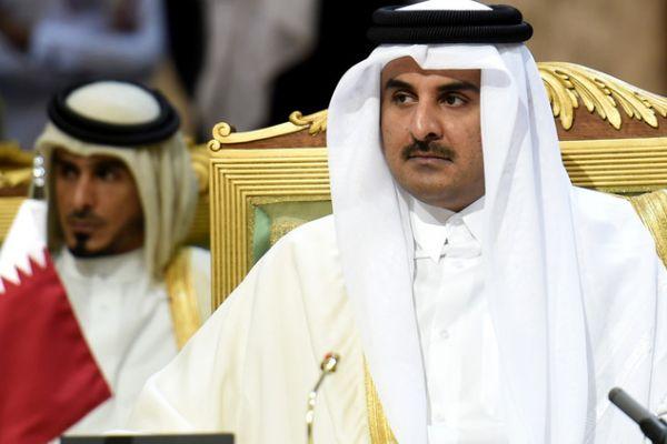 امير قطر سيشارك في القمة في بيروت