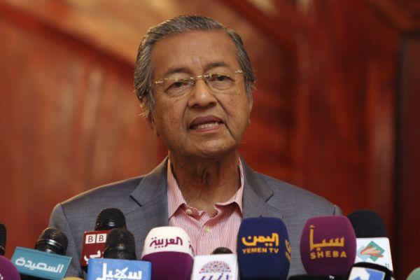 رئيس الوزراء الماليزي يهاجم إسرائيل ويصفها بـ «دولة إجرامية»