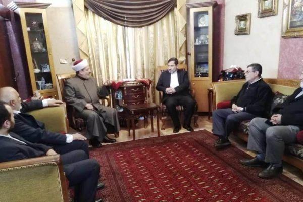 التوحيد الاسلامي استقبل شريعتمدار وتأكيد على دور ايران في المنطقة